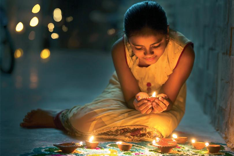 hindistanin-kutsanmis-ayi-kartik-dolunayi-6