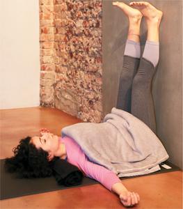 restoratif-yoga-ile-kis-terapisi-5