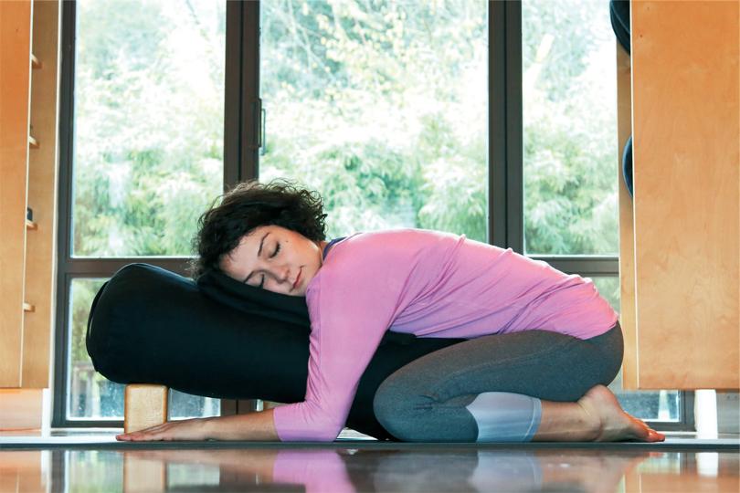 restoratif-yoga-ile-kis-terapisi-7